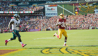 Washington Redskins running back Matt Jones (31) scored a late second quarter touchdown against the Washington Redskins at FedEx Field in Landover, Maryland on Sunday, October 16, 2016. In pursuit is Philadelphia Eagles defensive end Alex McCalister (50). The Redskins won the game 27 - 20.<br /> Credit: Ron Sachs / CNP /MediaPunch
