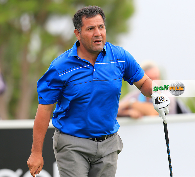 Ricardo GONZALEZ (ARG) tees off the 15th tee during Saturday's Round 3 of the Portugal Masters 2015 held at the Oceanico Victoria Golf Course, Vilamoura Algarve, Portugal. 15-18th October 2015.<br /> Picture: Eoin Clarke   Golffile<br /> <br /> <br /> <br /> All photos usage must carry mandatory copyright credit (&copy; Golffile   Eoin Clarke)
