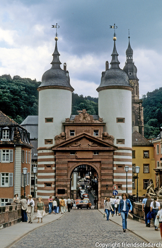 Heidelberg: Old Bridge. Huge doorway built in 15th centure. A restoration in 1788 changed the roof towers to Baroque styling.  Photo '87.