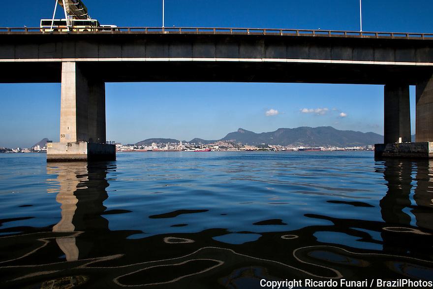Guanabara bay pollution, oil spills below Rio-Niteroi bridge.