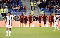 Calcio, Serie A: Roma vs Juventus. Roma, stadio Olimpico, 14 maggio 2017. <br /> Roma&rsquo;s Radja Nainggolan, second from left, celebrates with teammates after scoring during the Italian Serie A football match between Roma and Juventus at Rome's Olympic stadium, 14 May 2017. Roma won 3-1.<br /> UPDATE IMAGES PRESS/Riccardo De Luca