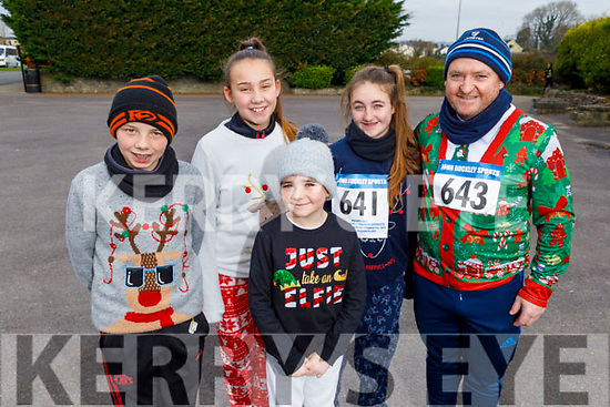 Ready for some fun on their Run Rudolph Run at An Riocht in Castleisland on Sunday.<br /> L to r: Sean and Amy O'Connor, Harry, Ellie and Adrian Burke.
