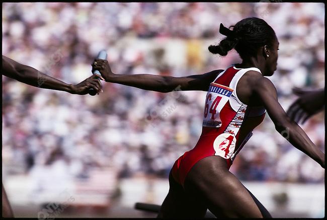 4x100m relay, women. Torri Edward (USA). Summer Olympics, Seoul, South Korea, September 1988