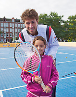 13-09-12, Netherlands, Amsterdam, Tennis, Daviscup Netherlands-Swiss,   Streettennis, Robin Haase