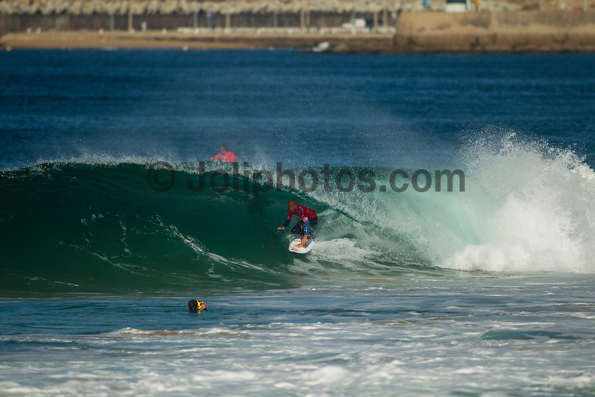 SUPERTUBOS, Peniche/Portugal (Saturday, October 13, 2012) Kelly Slater (USA) . - The Rip Curl Pro Portugal, Event No. 8 of 10 on the 2012 ASP World Championship Tour, was  called on this morning with Round 1 commencing at 8:15am in clean two-to-three foot (1 metre) waves at Supertubos..?The swell has filled in slightly overnight and we'll be getting competition underway immediately,? Rich Porta, ASP International Head Judge, said. ?With a spot like Supertubos, it's imperative that you have the correct wind conditions so we'll be taking advantage as much as possible over the next couple of days. We anticipate completing Round 1 and have placed Round 2 on standby for a start this afternoon..Round 2 commenced mid afternoon with Mick Fanning (AUS) and Taj Burrow (AUS) moving into Round 3. Photo: joliphotos.com