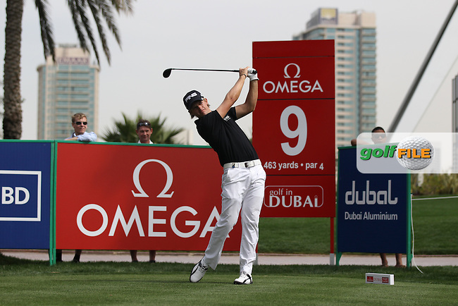 Tom Lewis (ENG) in action on the 9th tee during Thursday's Round 1 of the 2012 Omega Dubai Desert Classic at Emirates Golf Club Majlis Course, Dubai, United Arab Emirates, 9th February 2012(Photo Eoin Clarke/www.golffile.ie)