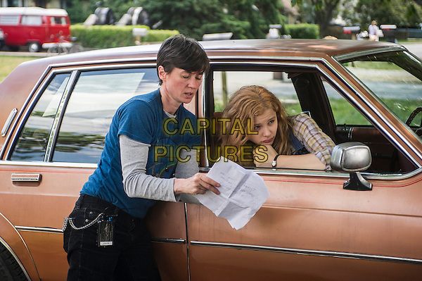 Director Kimberly Peirce, Chloe Grace Moretz<br /> on the set of Carrie (2013) <br /> *Filmstill - Editorial Use Only*<br /> CAP/FB<br /> Image supplied by Capital Pictures
