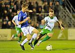 2015-10-24 / voetbal / seizoen 2015-2016 / ASV Geel - Dessel Sport / Een duel om de bal tussen Jo Christiaens (l) (Geel) en Kevin Janssens (r) (Dessel Sport)