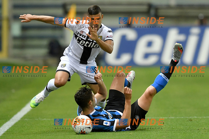 Vincent Laurini of Parma and Roberto Gagliardini of FC Internazionale compete for the ball during the Serie A football match between Parma and FC Internazionale at stadio Ennio Tardini in Parma ( Italy ), June 28th, 2020. Play resumes behind closed doors following the outbreak of the coronavirus disease. <br /> Photo Andrea Staccioli / Insidefoto