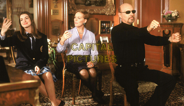 ANNE HATHAWAY, JULIE ANDREWS & HECTOR ELIZONDO.in The Princess Diaries.Ref: FBAW.filmstill-editorial use only.www.capitalpictures.com.sales@capitalpictures.com.Supplied by Capital Pictures