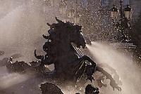 Europe/France/Aquitaine/33/Gironde/Bordeaux: Place des Quinconces, les chevaux de la fontaine du monument des girondins (1827)