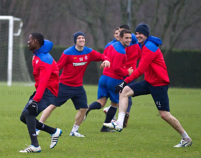 Maurice Edu chased by a laughing lafferty