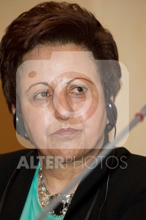 MADRID, (28/09/2010).- American actress Mira Sorvino and Nobel award winner Shirin Ebadi attend press Conference to announce winners of 'Save the Children 2010 Awards'...Photo: Cear Cebolla / ALFAQUI