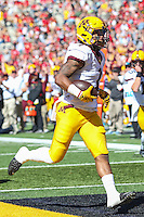 College Park, MD - October 15, 2016: Minnesota Golden Gophers running back Rodney Smith (1) scores a touchdown during game between Minnesota and Maryland at  Capital One Field at Maryland Stadium in College Park, MD.  (Photo by Elliott Brown/Media Images International)