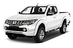 2018 Mitsubishi L200 Intense 2 Door Pick Up angular front stock photos of front three quarter view