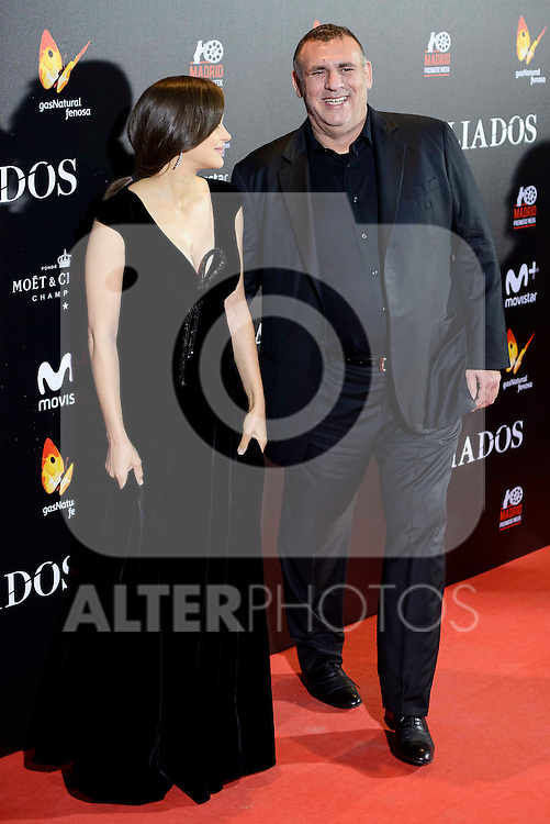 "French actress Marion Cotillard and the producer of the film Graham King attends to the photocall of the premiere of ""Aliados"" in Madrid. November 22, 2016. (ALTERPHOTOS/Borja B.Hojas)"