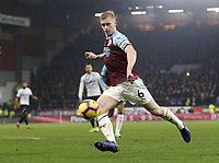 Burnley's Ben Mee shoots from close range<br /> <br /> Photographer Rich Linley/CameraSport<br /> <br /> The Premier League - Burnley v Everton - Wednesday 26th December 2018 - Turf Moor - Burnley<br /> <br /> World Copyright &copy; 2018 CameraSport. All rights reserved. 43 Linden Ave. Countesthorpe. Leicester. England. LE8 5PG - Tel: +44 (0) 116 277 4147 - admin@camerasport.com - www.camerasport.com