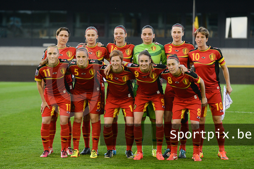 20140410 - LEUVEN , BELGIUM : Belgian team pictured with Nicky Evrard (1) , Heleen Jaques (3) , Lorca Van De Putte (5) , Audrey Demoustier (8) , Tessa Wullaert (9) , Aline Zeler (10) , Janice Cayman (11) , Lien Mermans (14) , Nicky Van Den Abbeele (16) , Maud Coutereels (18) and Julie Biesmans (20) during the female soccer match between Belgium and Norway, on the seventh matchday in group 5 of the UEFA qualifying round to the FIFA Women World Cup in Canada 2015 at Stadion Den Dreef , Leuven . Thursday 10th April 2014 . PHOTO DAVID CATRY