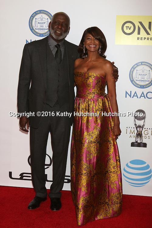 LOS ANGELES - FEB 5:  Richard Roundtree, Margaret Avery at the 47TH NAACP Image Awards Arrivals at the Pasadena Civic Auditorium on February 5, 2016 in Pasadena, CA