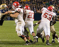 21 October 2006: Rutgers running back Ray Rice (27) heads upfield for a big gain with the help of blocks by Mike Fladell (72) and Darnell Stapleton (53).  The Rutgers Scarlet Knights defeated the Pitt Panthers 20-10 on October 21, 2006 at Heinz Field, Pittsburgh, Pennsylvania.
