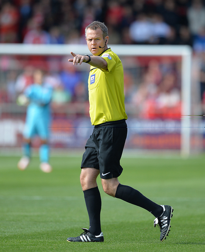 Referee Chris Sarginson<br /> <br /> Photographer Dave Howarth/CameraSport<br /> <br /> Football - The Football League Sky Bet League One -  Fleetwood Town v Bradford City - Saturday 12th September 2015 -  Highbury Stadium - Fleetwood <br /> <br /> &copy; CameraSport - 43 Linden Ave. Countesthorpe. Leicester. England. LE8 5PG - Tel: +44 (0) 116 277 4147 - admin@camerasport.com - www.camerasport.com