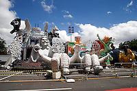 SAO PAULO, SP, 04FEVERIRO DE 2013 - Preparacao Anhembi para Carnaval 2013 - O Anhembi sendo preparado para o Carnaval de 2013. Carros algoricos recebem os ultimos detalhes e finalizacao. Região Norte de Sao Paulo .(FOTO: POLINE LYS / BRAZIL PHOTO PRESS).