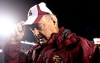 TALLAHASSEE, FL. 11/29/08-FSU-UF 1st CH-Florida State Coach Bobby Bowden walks off the field after losing 45-15 to Florida Saturday at Doak Campbell Stadium in Tallahassee....COLIN HACKLEY PHOTO FOR NOLEINSIDER.COM