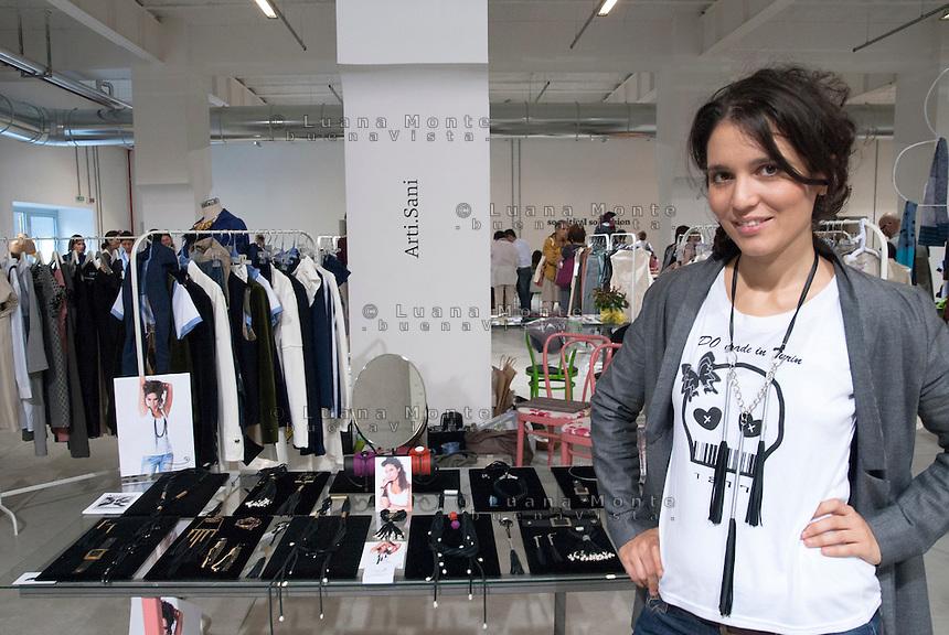 So Critical So Fashion 2011. Giulia Boccafogli, Arti.Sani. Milano, 23 settembre 2011...So Critical So Fashion 2011. Giulia Boccafogli, Arti.Sani. Milan, September 23, 2011.