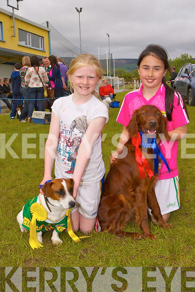 Ava Fitzmaurice with Frank and Jane Lawlor with Sandy who won ribbons at the Cordal dog show on Sunday