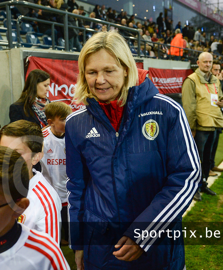 20170411 - LEUVEN ,  BELGIUM : Scottish coach Anna Signeul  pictured during the friendly female soccer game between the Belgian Red Flames and Scotland , a friendly game in the preparation for the European Championship in The Netherlands 2017  , Tuesday 11 th April 2017 at Stadion Den Dreef  in Leuven , Belgium. PHOTO SPORTPIX.BE | DAVID CATRY