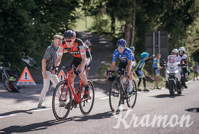 Tejay van Garderen (USA/BMC) sets the pace over Mikel Landa (ESP/SKY) with 1km to go on the last climb towards the finish<br /> <br /> Stage 18: Moena &rsaquo; Ortisei/St. Urlich (137km)<br /> 100th Giro d'Italia 2017