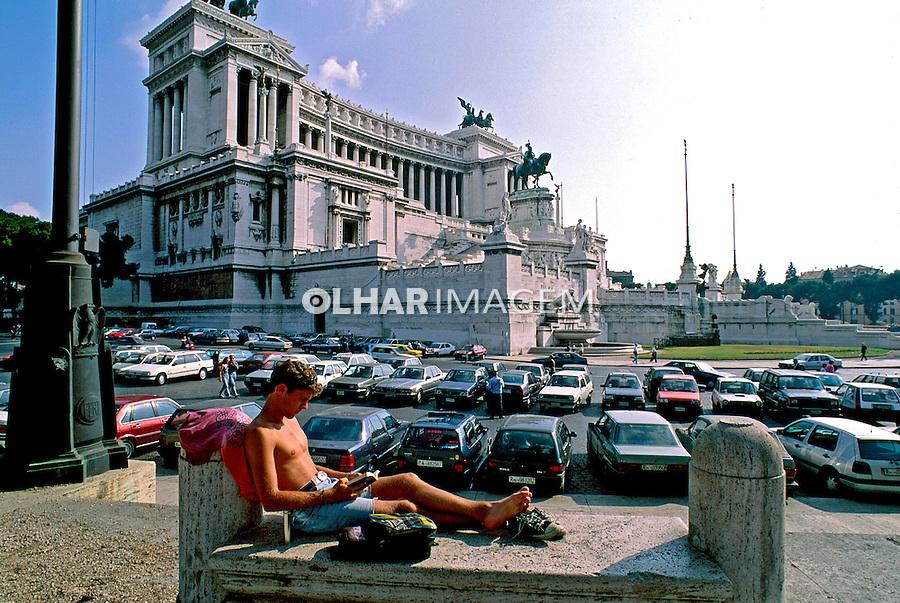 Monumento a Victor Emanuel em Roma. Itália. 1998. Foto de Juca Martins.