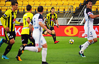 Wellington's Matthew Ridenton looks for support during the A-League football match between Wellington Phoenix and Melbourne Victory at Westpac Stadium in Wellington, New Zealand on Friday, 10 January 2018. Photo: Dave Lintott / lintottphoto.co.nz
