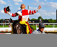 STANTON, DE - JULY 15: Jockey Mike Smith celebrates after guiding Songbird #5 to a win the Delaware Handicap on Delaware Handicap Day on July 8, 2017 at Delaware Park Race Track in Stanton, Delaware. (Photo by Scott Serio/Eclipse Sportswire/Getty Images)