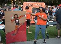 Occidental College alumni, students and their families celebrate at the Tiger Tailgate and Oswald's Carnival during Family Weekend & Homecoming, Oct. 22, 2016 in the Academic Quad.<br />