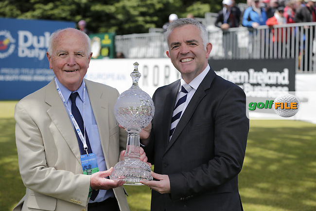 Jonathan Bell Minister for Trade and Enterprise with the Irish Open Trophy on the 1st tee during Sunday's Final Round of the 2015 Dubai Duty Free Irish Open, Royal County Down Golf Club, Newcastle Co Down, Northern Ireland 5/31/2015.<br /> Picture Eoin Clarke, www.golffile.ie