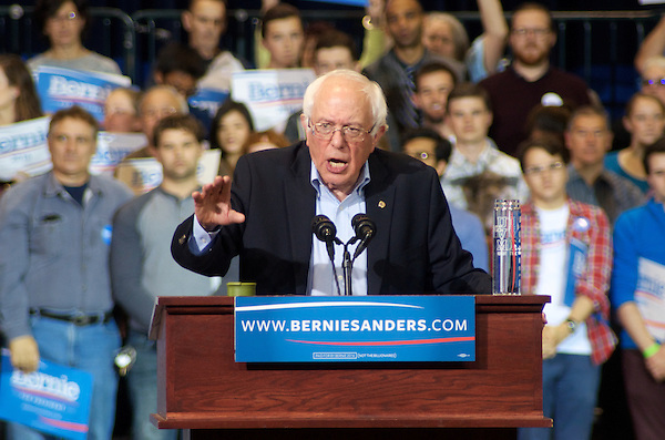 Bernie Sanders speaks to a rally of 20,000 at Boston Convention Center Boston MA 10.3.15