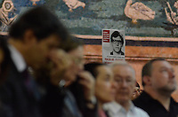 SÃO PAULO, SP, 15 DE MARÇO DE 2013 - MISSA EM HOMENAGEM A ALEXANDRE VANNUCCHI LEME: O prefeito de São Paulo Fernando Haddad participa de missa em homenagem a Alexandre Vannucchi Leme, lider estudantil que fazia parte da Aliança Libertadora Nacional (ALN) e que foi morto durante período do Regime Militar no DOI-CODI em 1973. A missa foi realizada na Catedral da Sé, região cental de São Paulo na noite desta sexta feira, (15). FOTO: LEVI BIANCO - BRAZIL PHOTO PRESS.