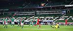 Tor 1:4:  Torschuetze Kerem Demirbay (Leverkusen) vor leerer Kulisse beim Geisterspiel gegen Torwart Jiri Pavlenka (Bremen).<br /><br />Sport: Fussball: 1. Bundesliga: Saison 19/20: 26. Spieltag: SV Werder Bremen - Bayer 04 Leverkusen, 18.05.2020<br /><br />Foto: Marvin Ibo GŸngšr/GES /Pool / via gumzmedia / nordphoto