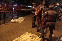SÃO PAULO,SP,20.05.2015 - CRIME-SP - SP - Um homem foi esfaqueado e morto após briga na tarde desta quarta-feira(20) no metrô Armênia na região norte da capital.(Marcio Ribeiro / Brazil Photo Press)