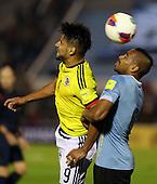 Radamel Falcao y Maxi Pereira durante el partido por Elimnatorias Mundial 2018 entre Colombia y Uruguay en el Estadio Centenario de Montevideo el 13 de octubre de 2015.<br /> <br /> Foto: Daniel Jayo/Archivolatino<br /> <br /> COPYRIGHT: Archivolatino<br /> Prohibido su uso sin autorizaci&oacute;n.