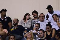 SAO PAULO SP, 16  MARCO 2013 - Paulistao 2013 - CORINTHIANS X UNIAO BARBARENSE  -  Alexandre pato na arquibancada    durante partida valida pelo campeonato paulista de 2013 no Estadio do Pacaembu em Sao Paulo, neste sabado, 16. (FOTO: ALAN MORICI / BRAZIL PHOTO PRESS).
