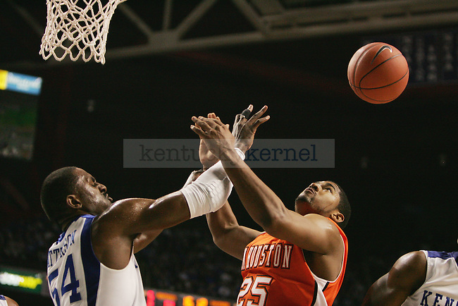 UK plays San Houston State in the first half at Rupp Arena on Thursday, Nov. 19, 2009. Photo by Britney McIntosh | Staff