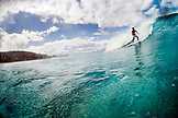 USA, Oahu, Hawaii, surfing at Pipeline Beach on the North Shore of Oahu