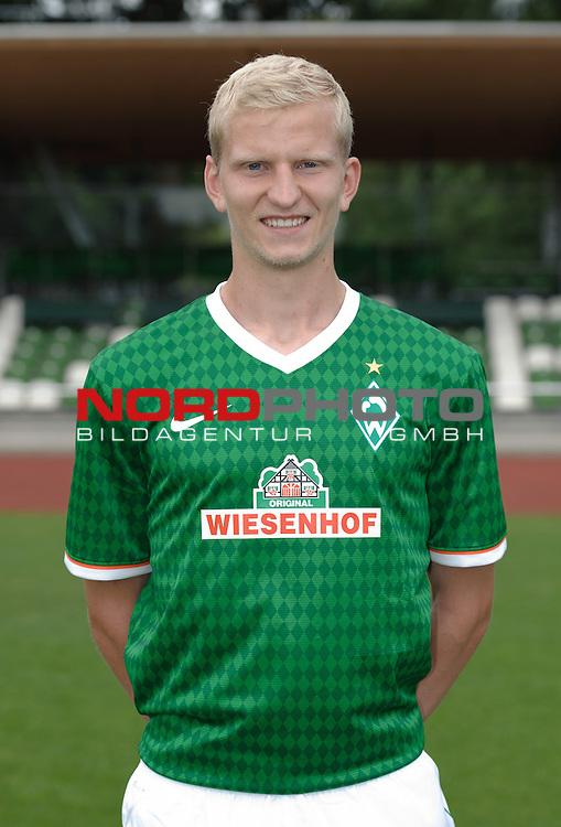 19.07.2013, Platz 11, Bremen, GER, RLN, Mannschaftsfoto Werder Bremen II, im Bild Clemens Schoppenhauer (Bremen #5)<br /> <br /> Foto &copy; nph / Frisch