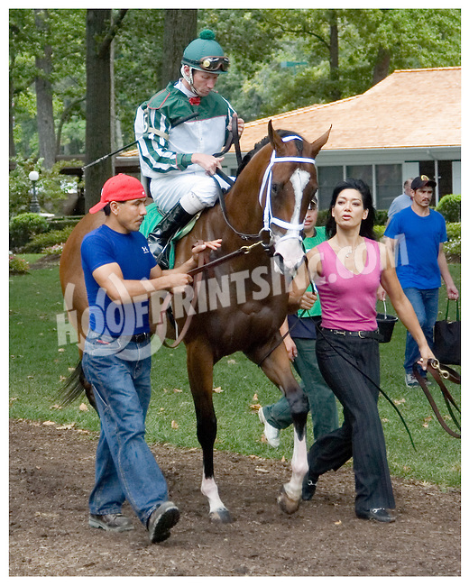 Glacken's Mark before The White Clay Creek Stakes at Delaware Park on 8/19/06