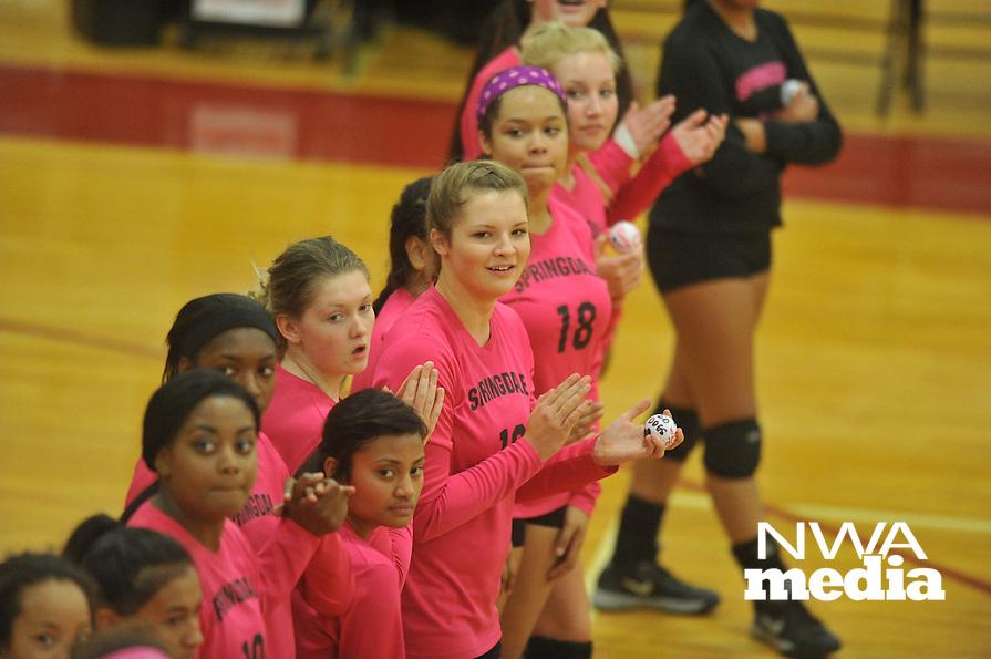 NWA Democrat-Gazette/MICHAEL WOODS &bull; @NWAMICHAELW<br /> Fayetteville High School vs Springdale High School Tuesdays Volleyball game October 13, 2015 in Springdale.