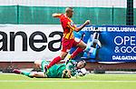 S&ouml;dert&auml;lje 2014-05-31 Fotboll Superettan Syrianska FC - &Auml;ngelholms FF :  <br /> &Auml;ngelholms m&aring;lvakt Matt Pyzdrowski r&auml;ddar ett fril&auml;ge f&ouml;r Syrianskas Saman Ghoddos Ghodos i slutet av matchen<br /> (Foto: Kenta J&ouml;nsson) Nyckelord:  Syrianska SFC S&ouml;dert&auml;lje Fotbollsarena &Auml;ngelholm &Auml;FF