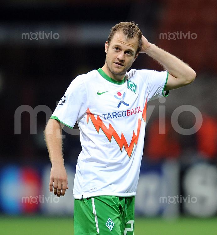 FUSSBALL   CHAMPIONS LEAGUE   SAISON 2010/2011   GRUPPE  A  Inter Mailand - Werder Bremen     29.09.2010 Daniel Jensen (SV Werder Bremen)
