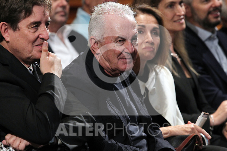 Victor Manuel and Ana Belen attend Les Luthiers tribute at The Cervantes Institute on October 10, 2019 in Madrid, Spain.(ALTERPHOTOS/ItahisaHernandez)